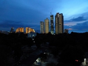 ADコンド夜の眺め