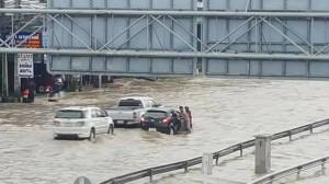 洪水005