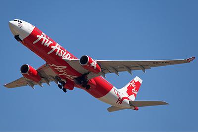 AirAsia_X_Airbus_A330-300_Nazarinia-2