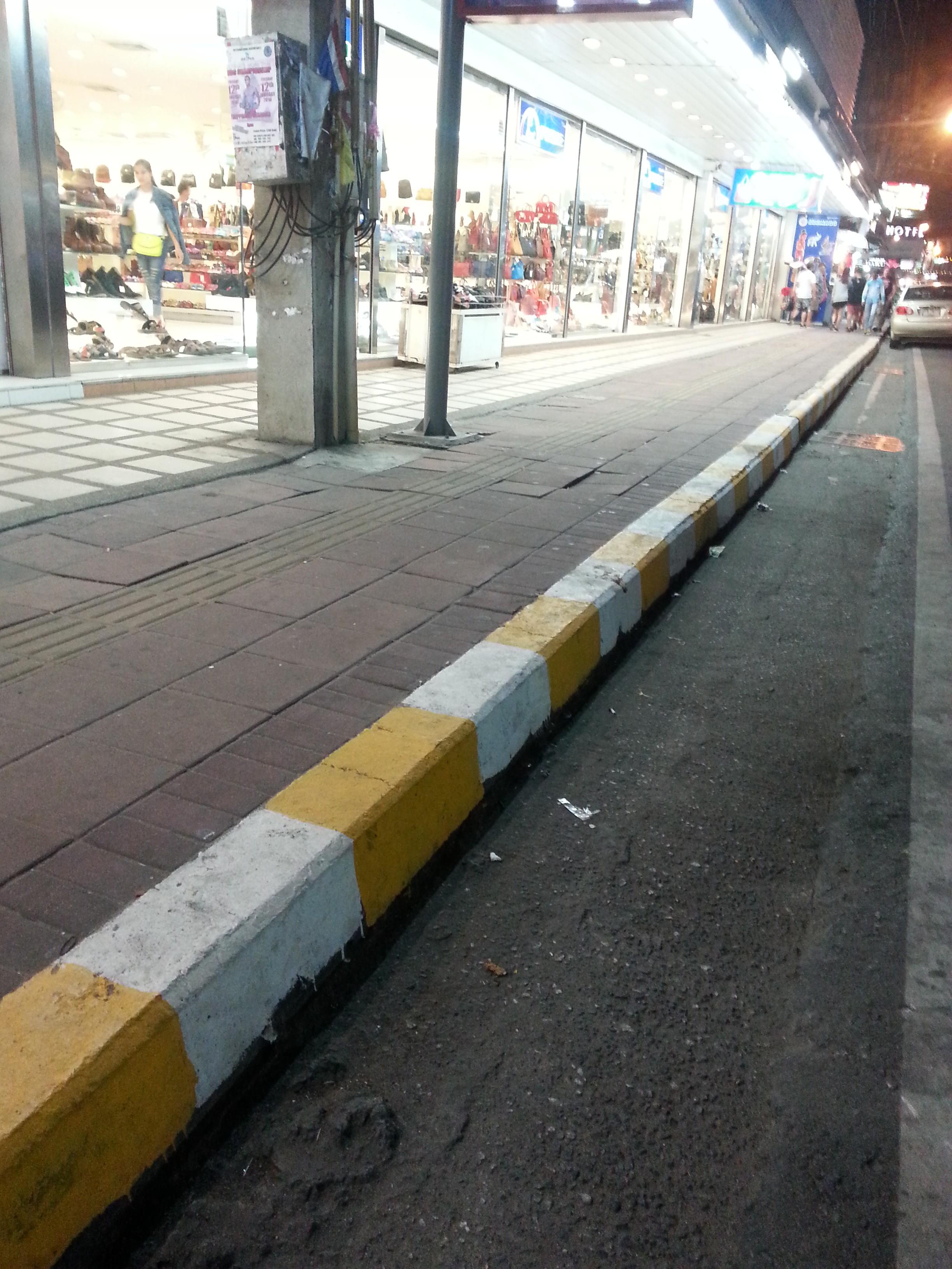 タイの交通違反
